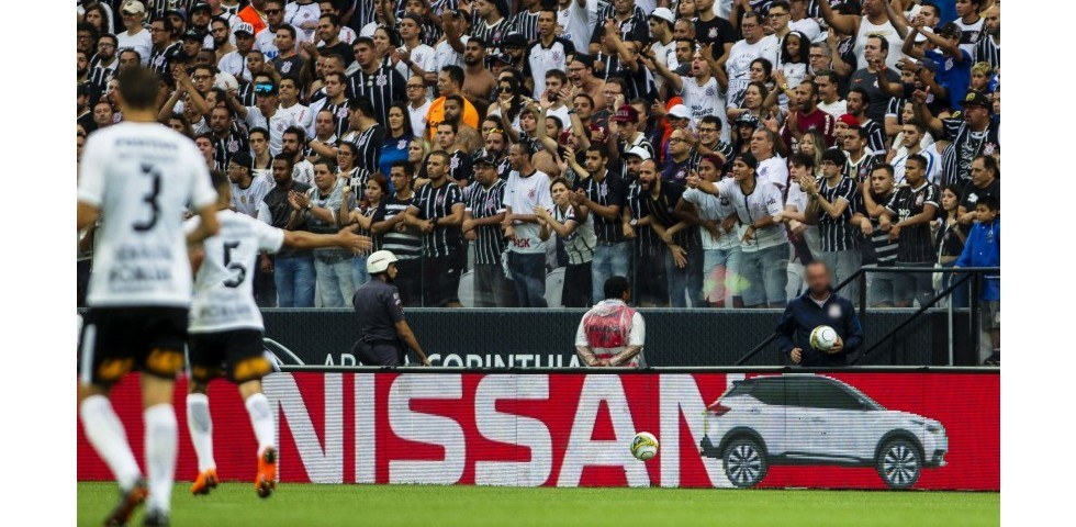 """""""Nissan Follow the Ball"""" wins three Lions at Cannes"""